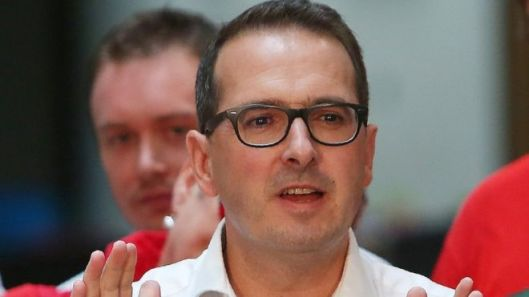 Owen Smith: Empty promises from an 'empty suit' [Image: Getty].