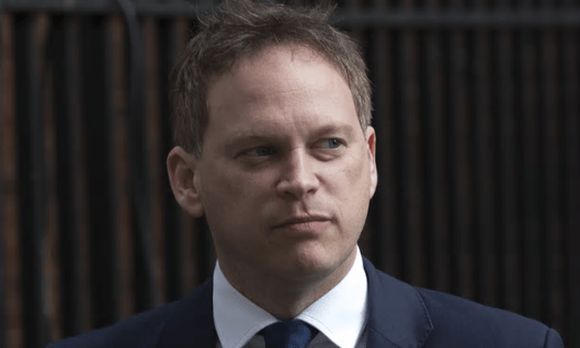 Grant Shapps resigned, maintaining his innocence in the affair, saying 'responsibility should rest somewhere' [Image: Carl Court/Getty Images].