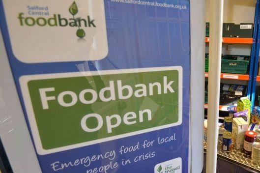 161206-food-bank