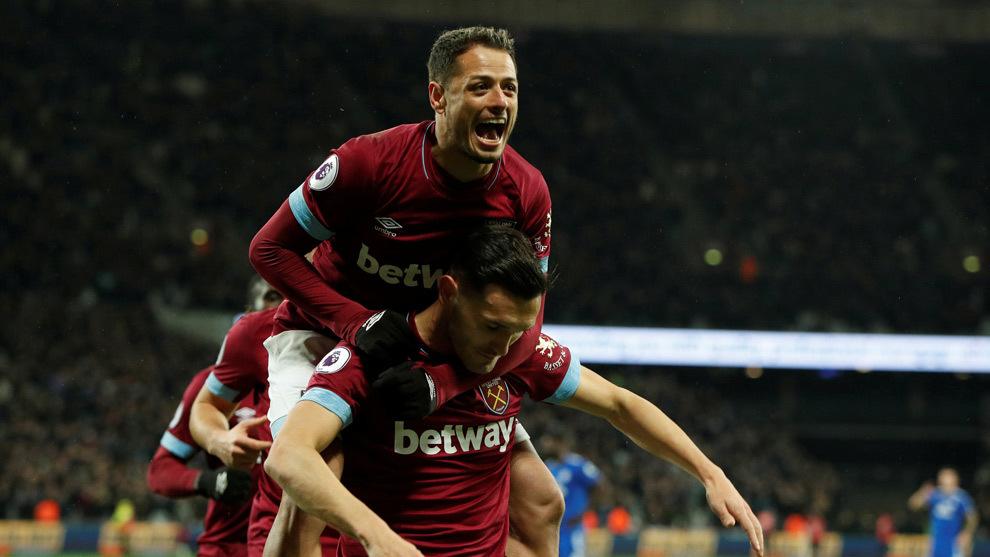 'Chicharito' juega en la goleada de West Ham