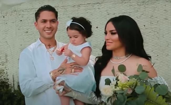 Kimberly Loaiza y Juan de Dios Pantoja se casan en secreto
