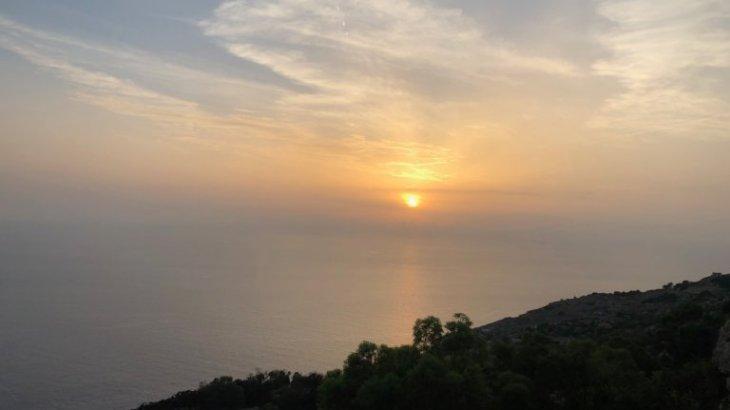【マルタ観光】マルタの絶景で欠かせない、ディングリクリフから見る夕日