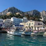 【一生に一度は行きたいイタリアの青の洞窟】ナポリからカプリ島へのフェリーでの行き方と時刻表!予約は必要?船酔いする?
