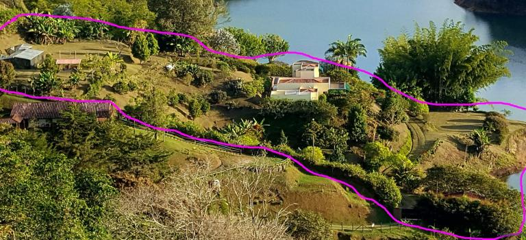 Bref, on a essayé de vendre notre maison colombienne …