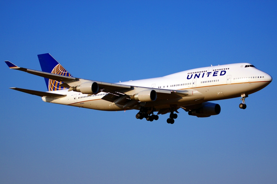 Fifth Freedom Flights : United Airlines(UA)