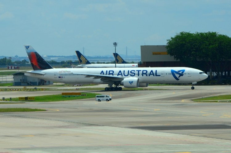 Fifth Freedom Flights : Air Austral(UU)