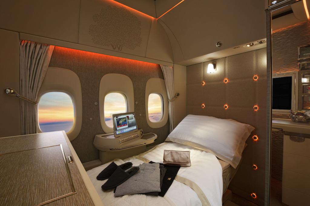エミレーツ航空(EK)のファーストクラスに搭乗するには、どのマイレージプログラムを使うべきか(2018年版)