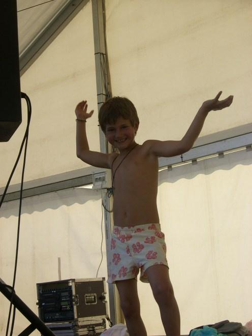 Luca am Tanzen