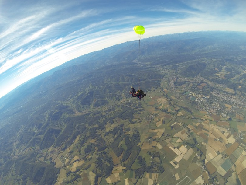 Parachute A way of travel Pamiers