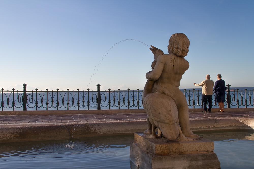 Statue Blaco de Mediterranéo Tarragone