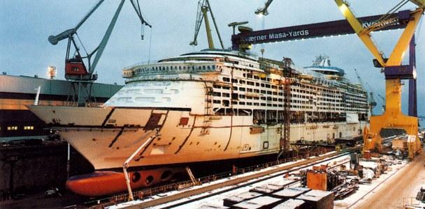Afbeeldingsresultaat voor Voyager of the Seas construction