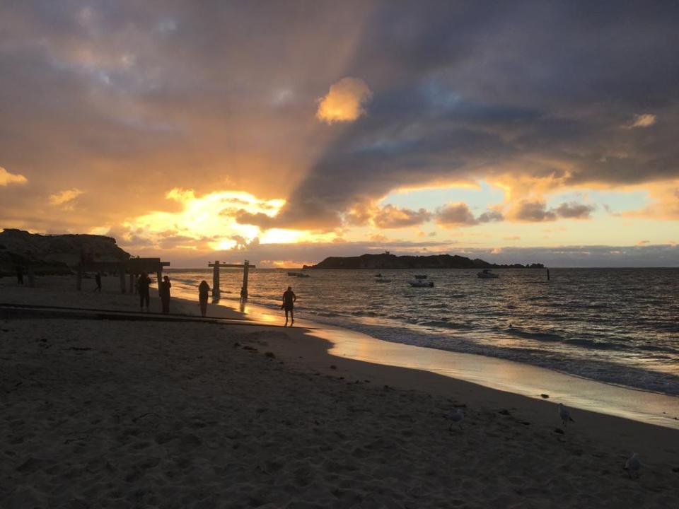 Hamelin Bay et son coucher de soleil