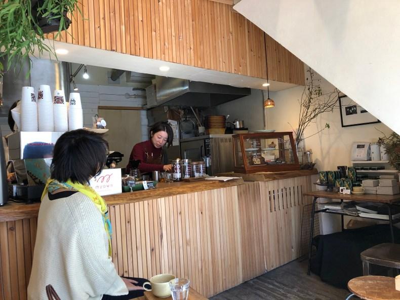 Tokyo hors des sentiers battus : le café Omnibus dans le quartier Jiyugaoka