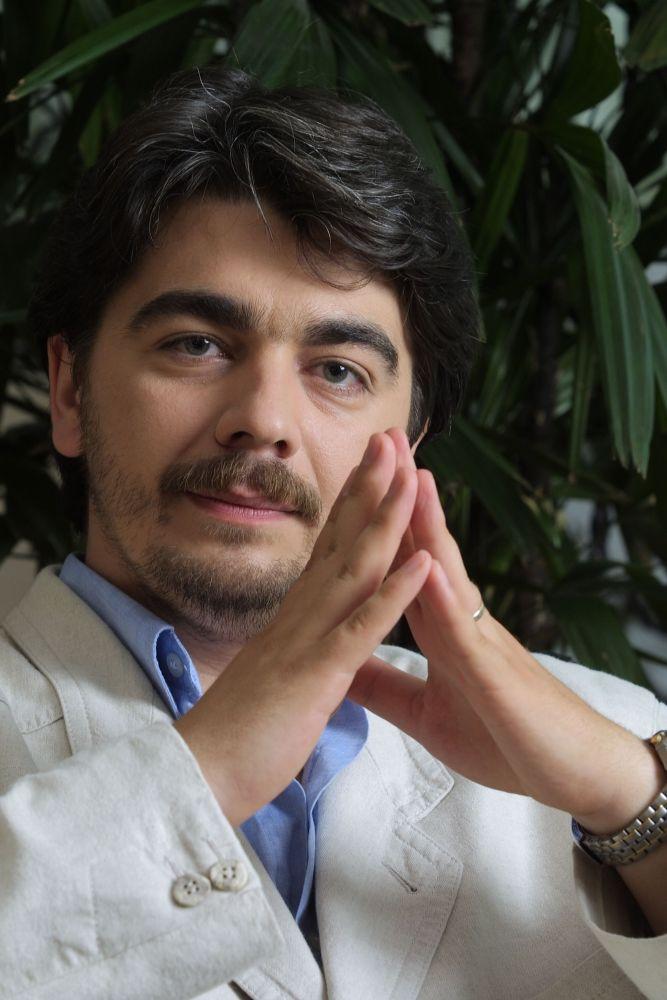 Dr. Teodor Vasile: Un om care a călătorit foarte mult prin lume nu se va plictisi niciodată