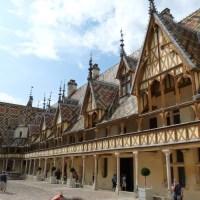 Les Hospices de Beaune, l'hôpital du Moyen-Age?