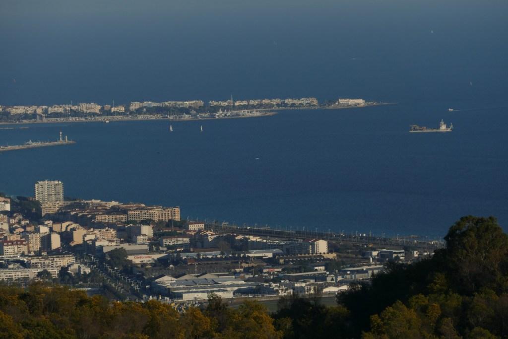 La baie de Cannes depuis le massif de Tanneron