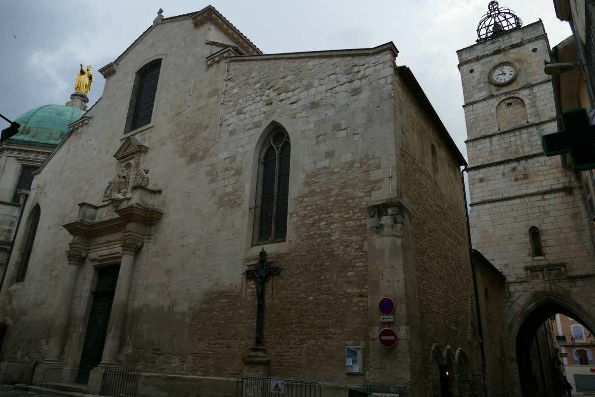 Apt, la cité romaine et la cathédrale Sainte Anne