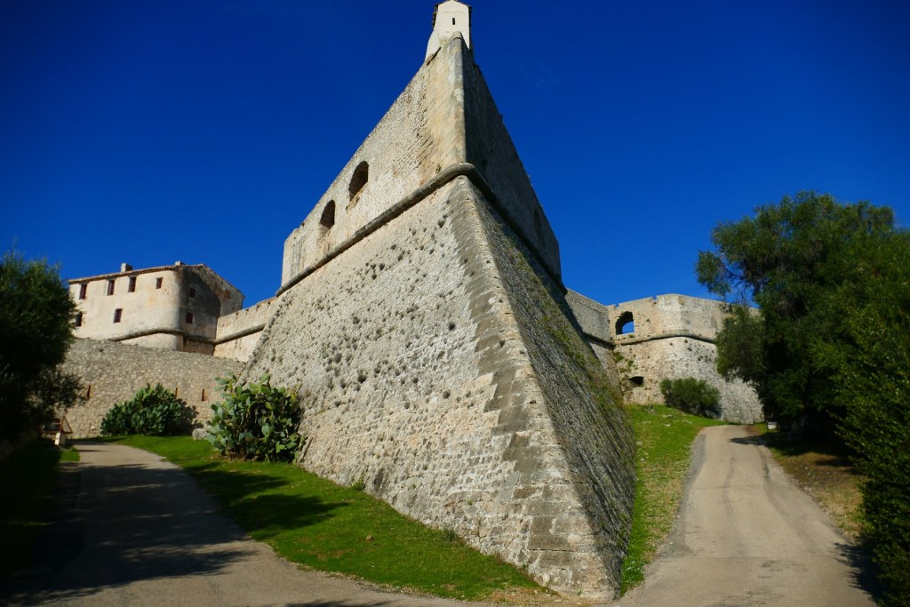 """Bastion """"Corse"""" du Fort Carré d'Antibes"""