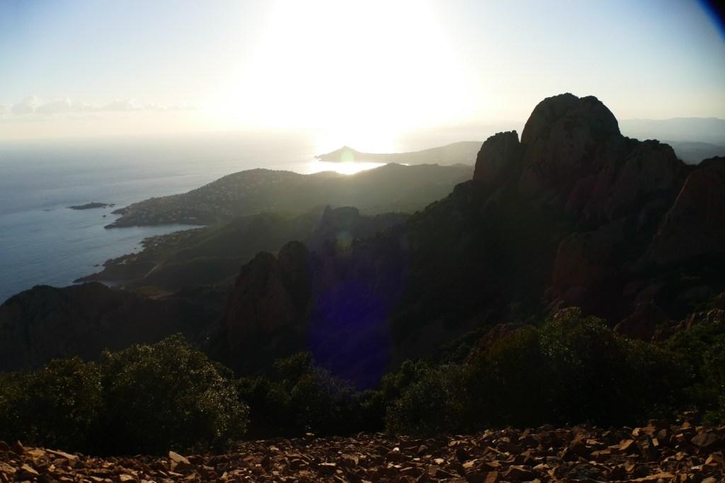 Pic du Cap Roux - vue vers le Dramont et le Saint Pilon
