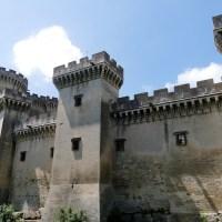 Le château de Tarascon, jumeau de la Bastille de Paris