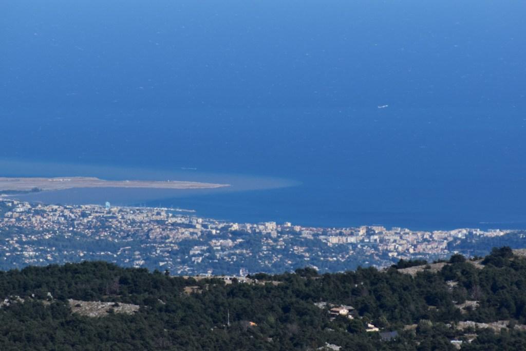 Sommet de Calern - vue sur l'aéroport de Nice