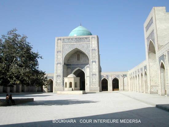 boukhara cour-interieure medersa