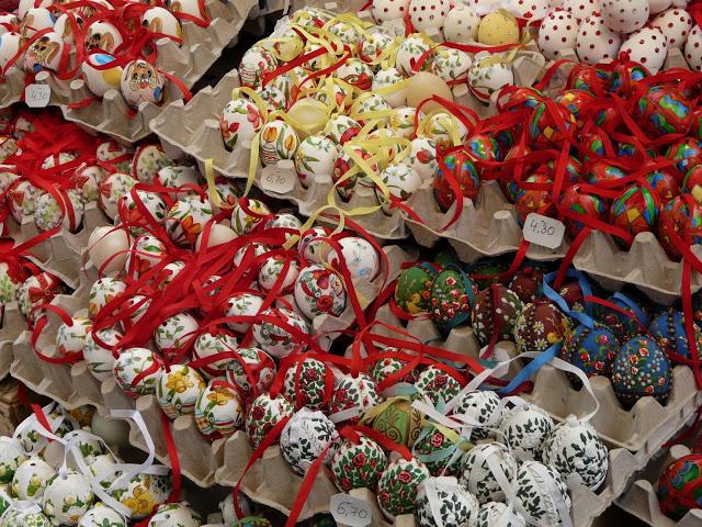 oeufs de paques peints marché de vienne