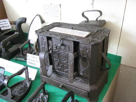 63231 52984582 p La belle église de Simorre et le musée paysan