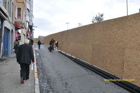 9fee7 81045068 p Vivre a Istanbul Taksim et Tarlabasi : la fin dun quartier populaire