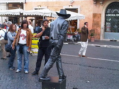 Guide Rome - Piazza Navona, pêle-mêle du dimanche 5