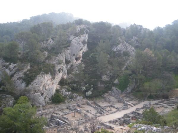 Saint-Rémy-de-Provence : plateau des Antiques et site archéologique de Glanum 16