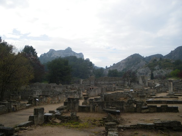 Saint-Rémy-de-Provence : plateau des Antiques et site archéologique de Glanum 6