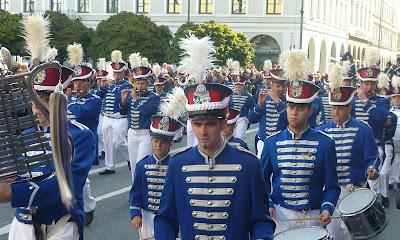 défilé oktoberfest 2012 habits bavarois traditionnels