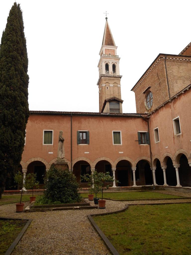 Le campanile est un des plus élevé de Venise.