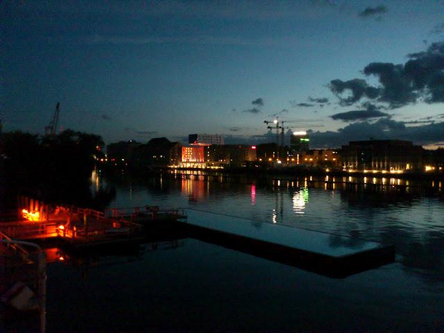 Beauté de Berlin : Full Sun Party au Badeschiff 2