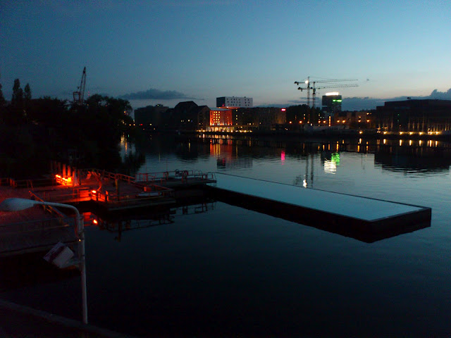 Beauté de Berlin : Full Sun Party au Badeschiff 3