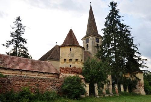 Nochrich (Leschkirch) ; village saxon et église fortifiée de Transylvanie 1