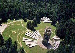 Kozara monument aux morts