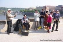 prague musiciens pont charles