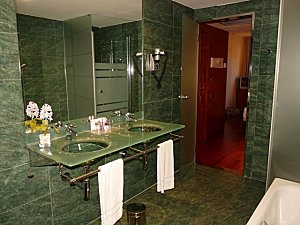Barcelone Hotel Acevi Villarroel salle de bains
