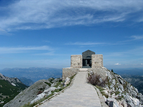 mausolee lovcen montenegro