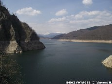 Lac et montagnes Fagaras