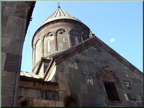 Armenie monastere gueghard clocher