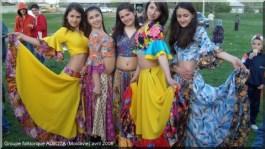 Paris pekin accueil de jeunes roumaines