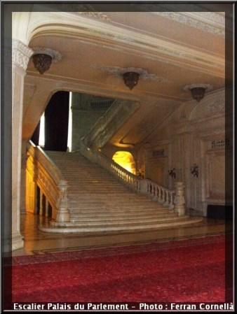 Escalier en marbre Palais du parlement de Roumanie