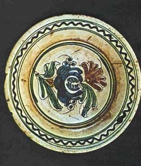 assiette de zalau ceramique transylvanie