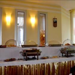 belgrade hotel elegance petit dejeuner