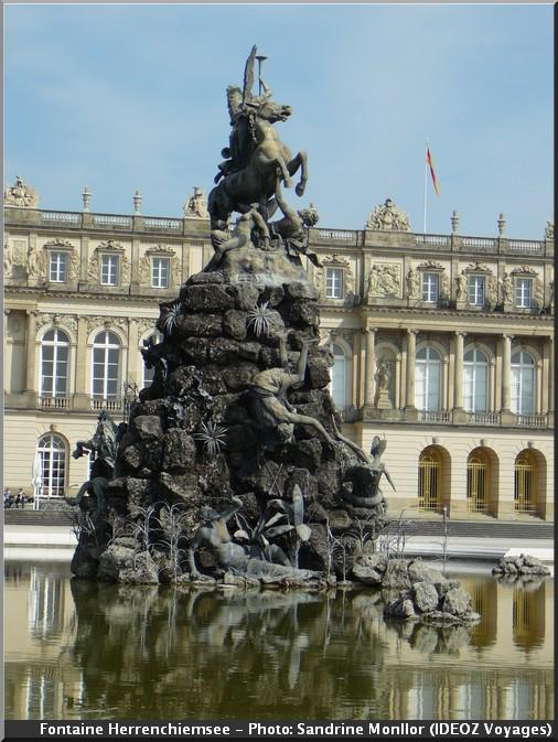 fontaine chateau herrenchiemsee