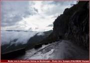 route vers le monastere ostrog montenegro