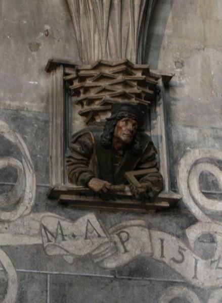 La statue de Maître Pilgram dans la Stephansdom